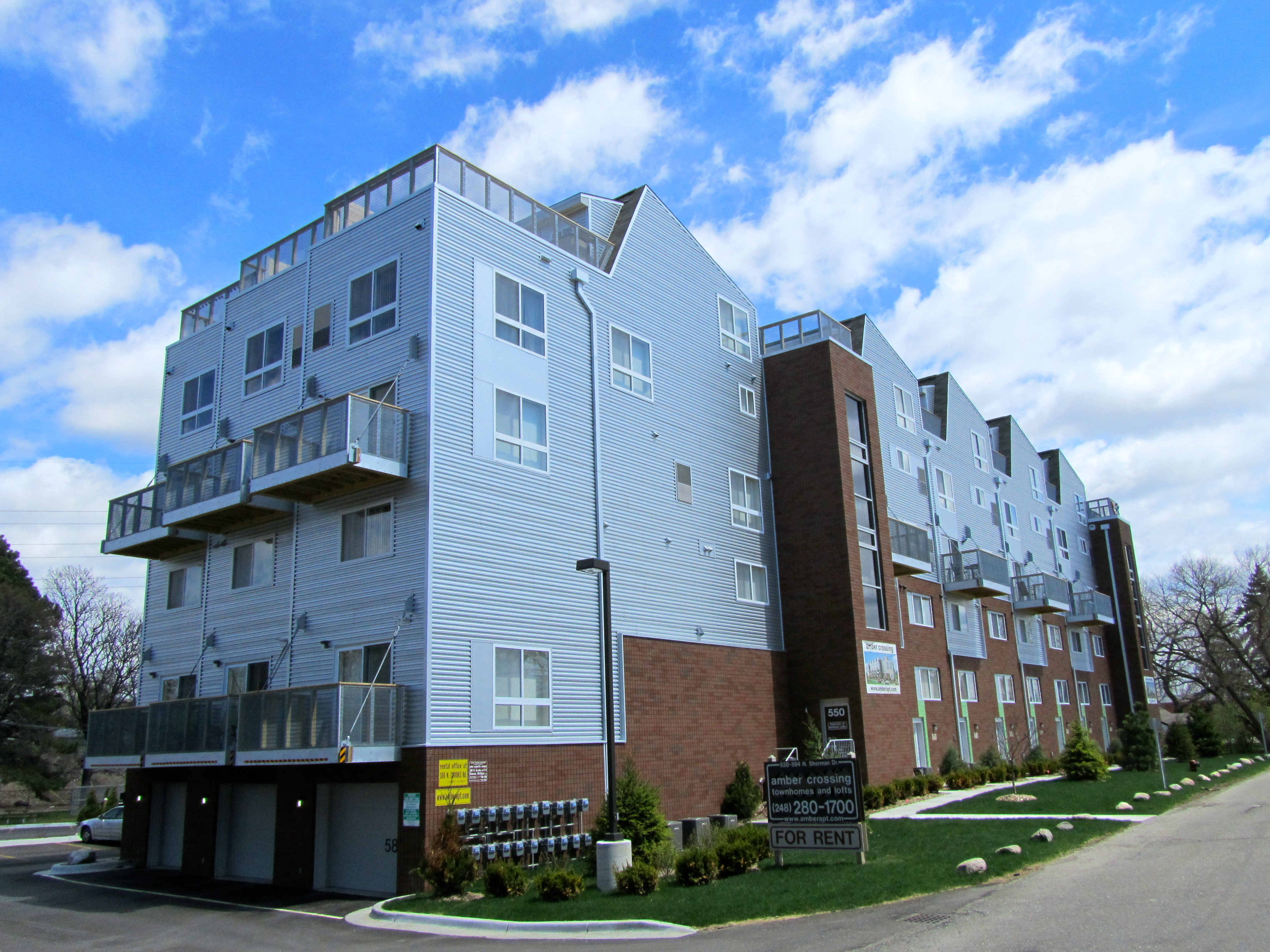 amber crossing townhomes and lofts